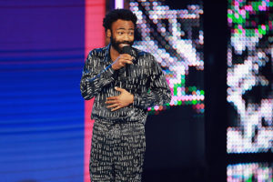 Childish Gambino anuncia morte do pai com homenagem especial